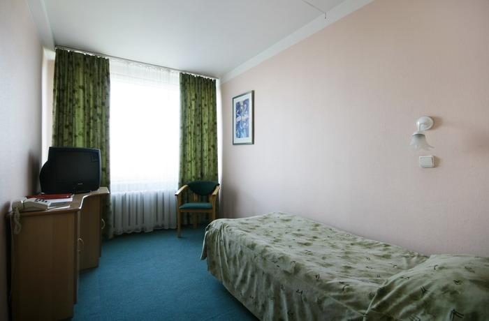 проститутки санкт петербурга отель азимут